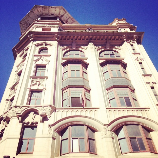 Amazing Victorian architecture along the route.